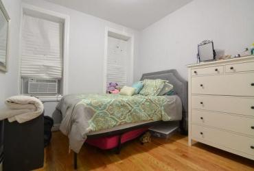 Brooklyn,New York 11207,Past Rentals,1105