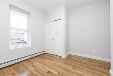 Brooklyn,New York 11207,Past Rentals,1106