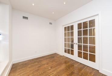 Brooklyn,New York 11233,Past Rentals,1111