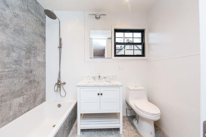 Brooklyn,New York 11210,Sold,1115