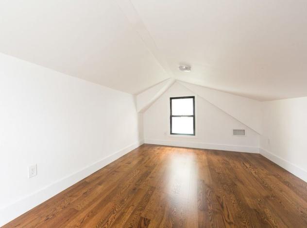Brooklyn,New York 11203,Sold,1093