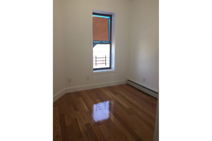 Brooklyn,New York 11208,Past Rentals,1097