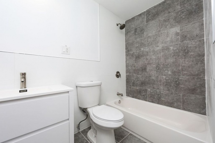 Brooklyn,New York 11207,In Contract,1107