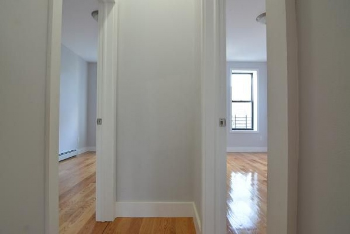 Brooklyn,New York 11207,Past Rentals,1112
