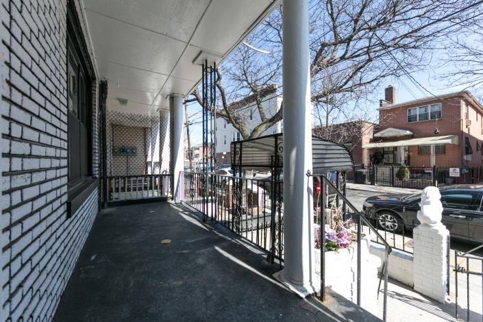 Brooklyn,New York 11208,Sold,1135