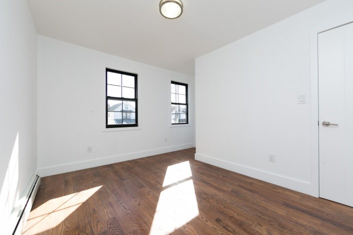 91-02 214th St,Queens Village,New York 11428,Sold,214th St,1142