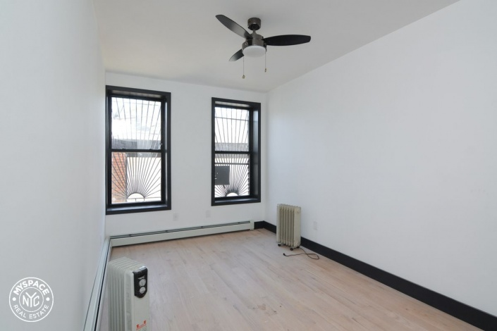 39 872 E th,Brooklyn,New York 11210,Past Rentals,872 E,1174