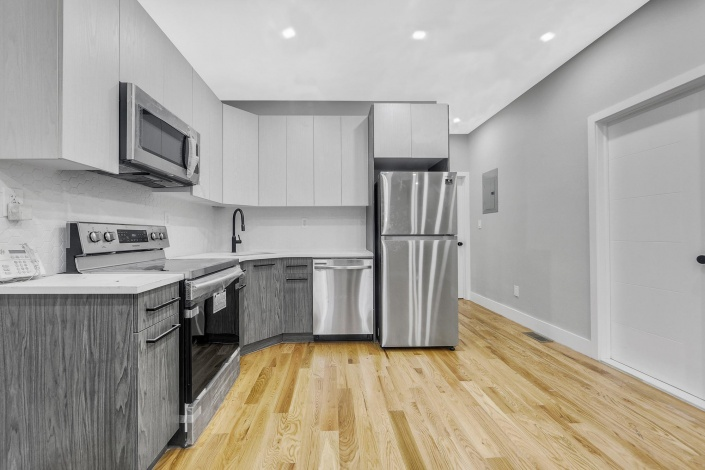 360 Bradford st St,Brooklyn,New York 11207,Sold,Bradford st,1184