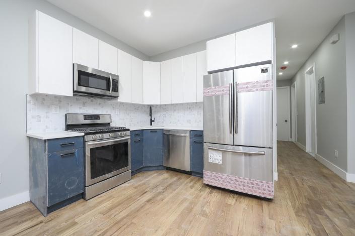 554 554,Brooklyn,New York,Sold,554,1188