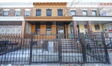554 554,Brooklyn,New York,Sold,554,1188