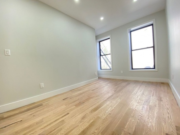 205 Lewis Brooklyn,New York 11221,Past Rentals,Lewis ,1221