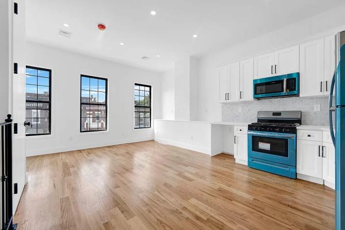 314 Parkville Ave,Brooklyn,New York,Sold,314 Parkville Ave,1245