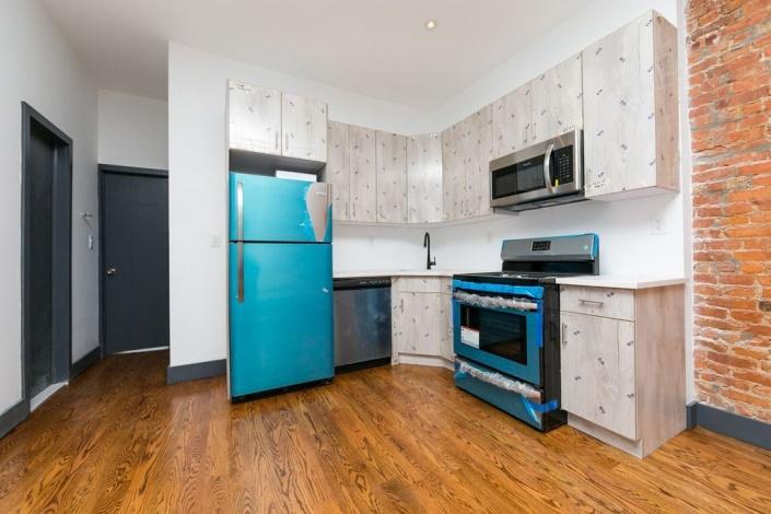 288 Snediker Ave New York,In Contract,288 Snediker Ave,1037