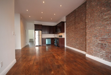 Brooklyn,New York 11207,Sold,1047
