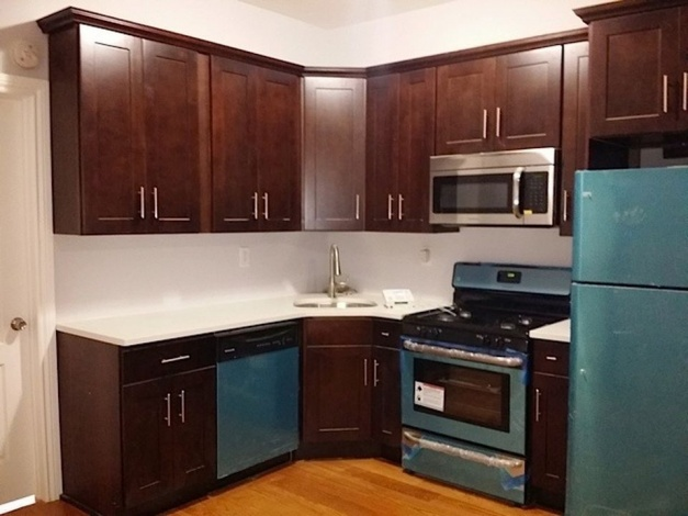 Brooklyn,New York 11207,Sold,1050